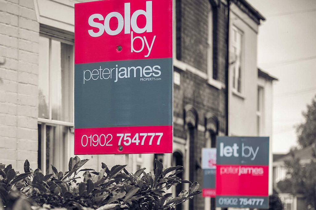 Peter James Sign Design